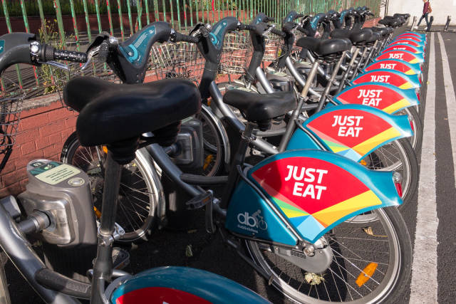 Dublin Bikes mit Just Eat Werbung