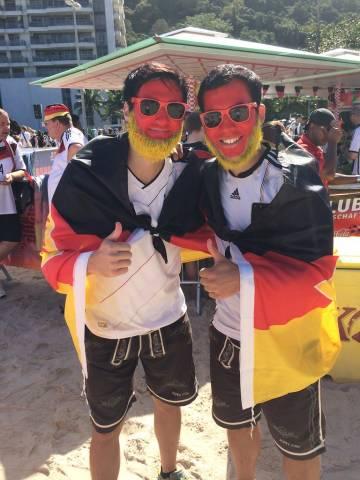 Deutsche Fans auf dem Fanclub Fanfest an der Copacabana