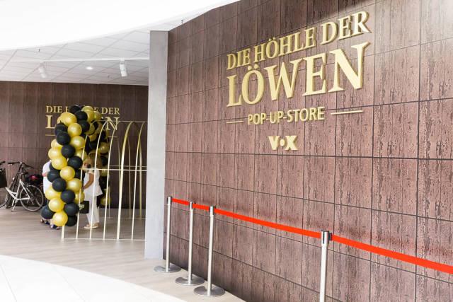 Eingang zum Pop-Up-Store Die Höhle der Löwen