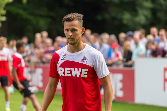 1. FC Köln Spieler Pawel Olkowski beim Training