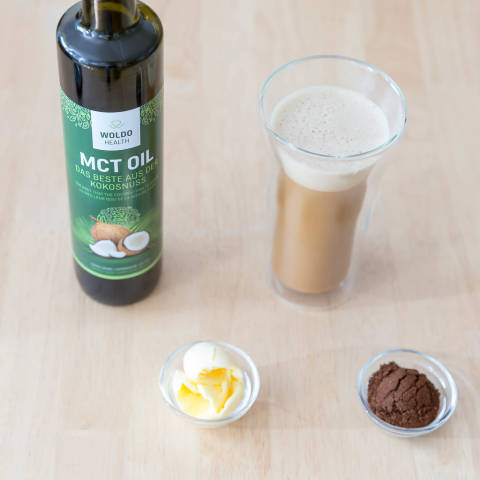 Bulletproof Coffee: Kaffee, Brain Octane Öl, Butterfett