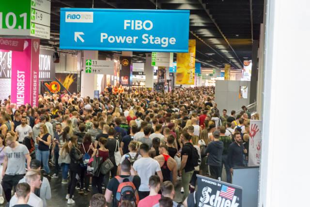 Viele Besucher bei der FIBO 2018