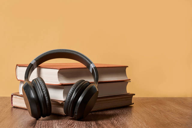 Audio book and E-Learning concept