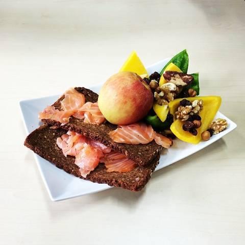Good Morning. #paleo #food #foodporn #healthy #instadaily #salmon #breakfast #sports