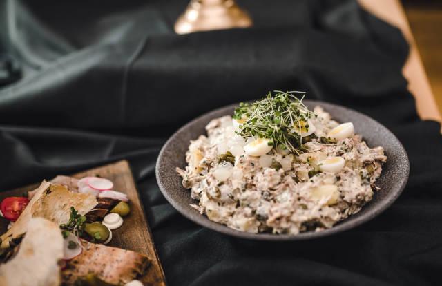 Tuna - Chicken Salad With Eggs And Mayo