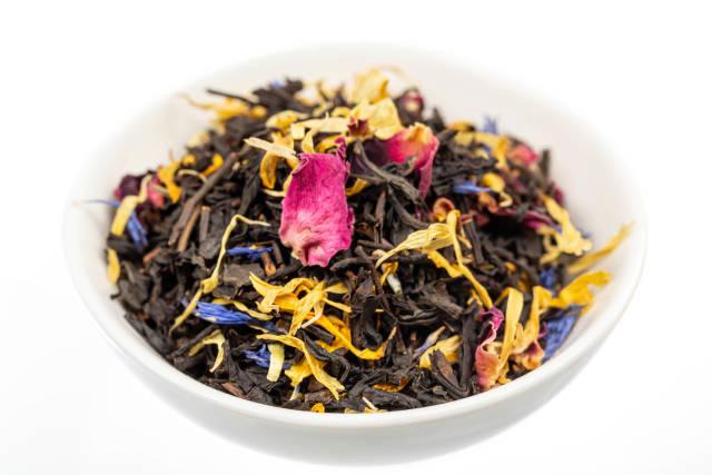Black tea with multi-colored flower petals