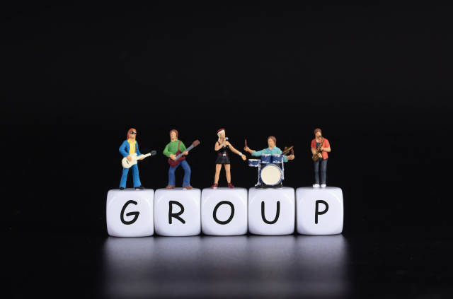 Miniature band with Group text