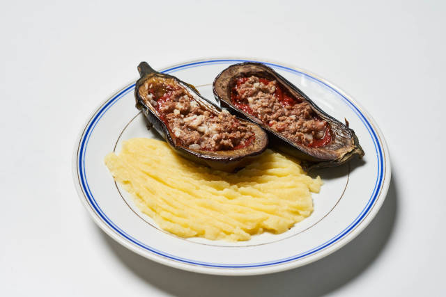 Minced meat in eggplant and mashed potatoes