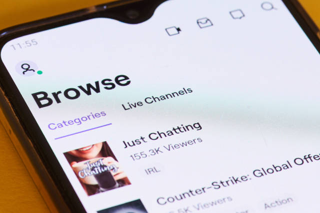 Twitch service video streaming play themes on mobile phone